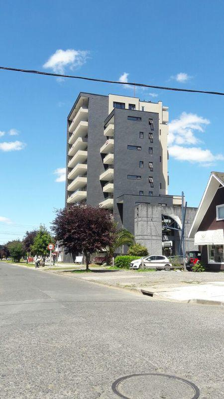 Centro de Referencia Diagnóstica de Salud Primaria para Osorno con fachada ventilada de Sistema Masa