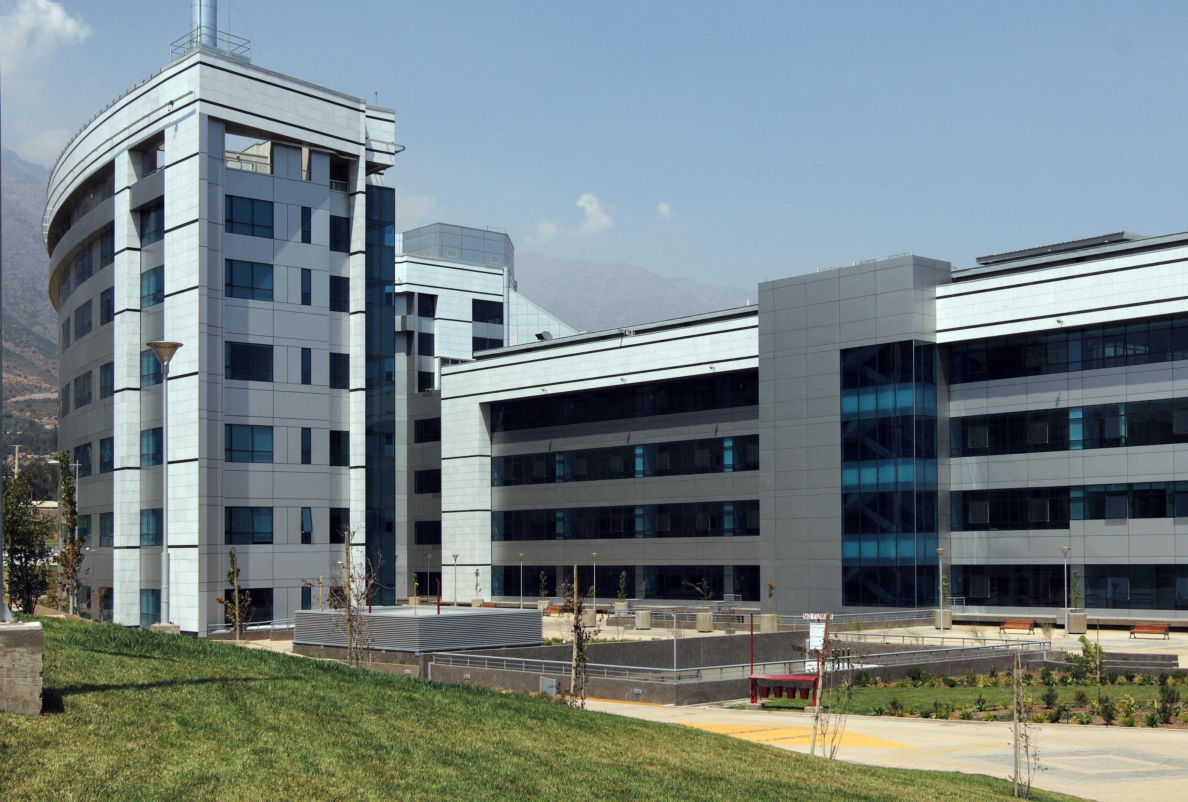 Sistema Masa • Sistemas de fijación y sujeción de fachadas ventiladas. Hospital de la Reina