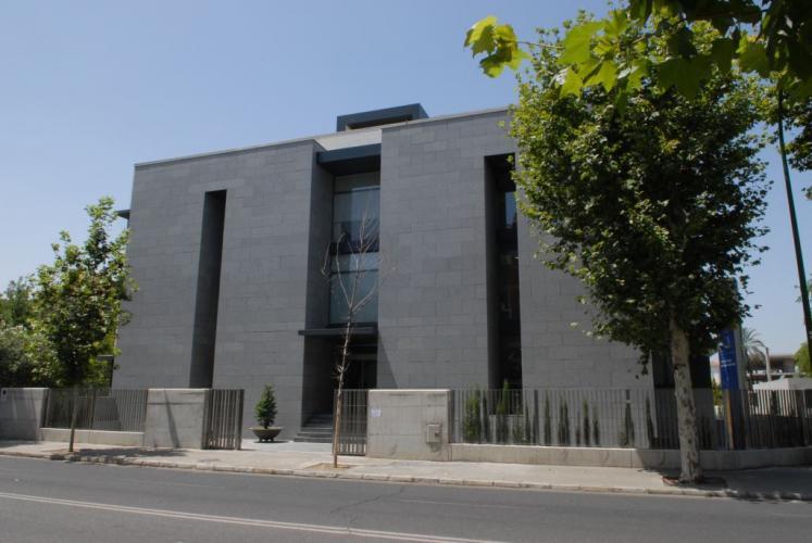 Clinica Sagrado Corazón fachada ventilada - Sistema Masa